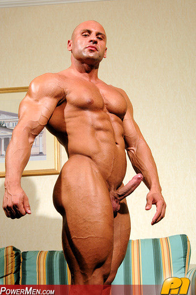 Free gay man muscle pic
